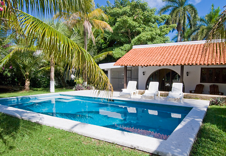 Villa Caracol swimming pool, 5 BR cozumel vacation rental property