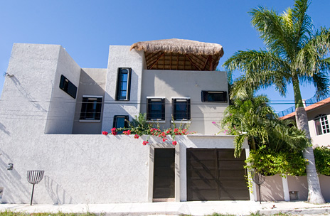 Front view of Casa Sora vacation rentel home in Cozumel
