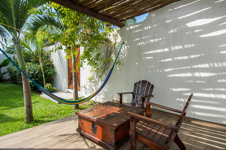 Cozumel Suites: 1 and 2 BR