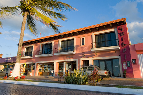 Exterior of  Guido's 1 BR vacation rental condos on the island of Cozumel Mexico