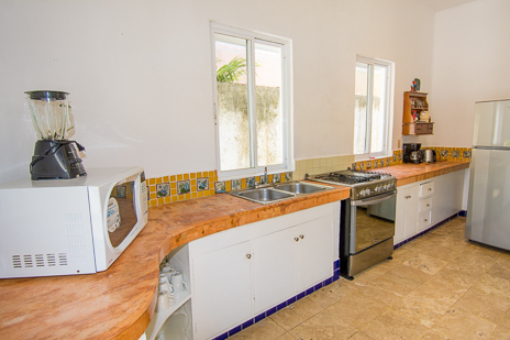 Lunch counter at Ranas Sur Cozumel vacation rental
