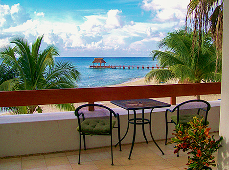 Residencias Reef vacation rental condo 5200