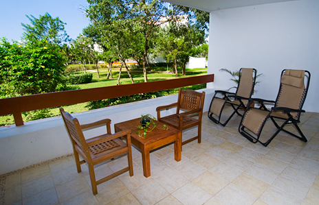 RR 7160 patio in this Residencias Reef vacation rental condo