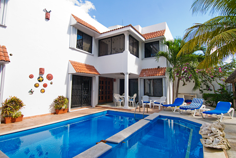 Exterior of Topaz Cozumel vacation rental