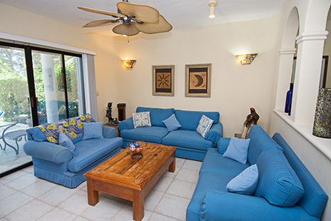 Villa Torres living area