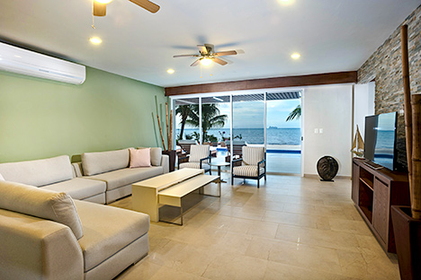Villa del Sol living room